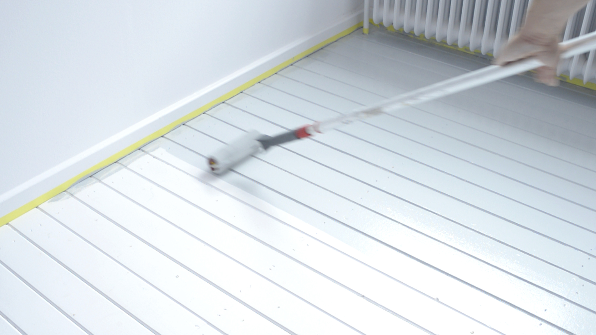 Dulux_painting_wooden_flooring_UK_6