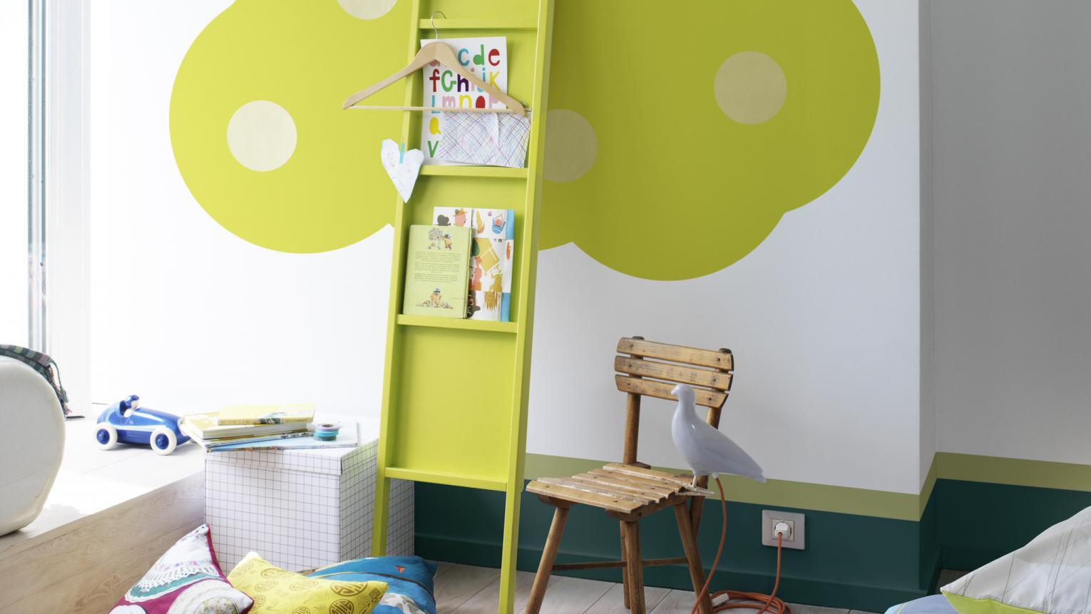 Bring alive a kids' room with lime green