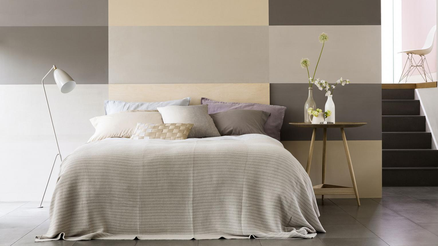 Want to create a bedroom that could be for a boy or a girl? The key is to choose a colour scheme that has both masculine and feminine appeal.