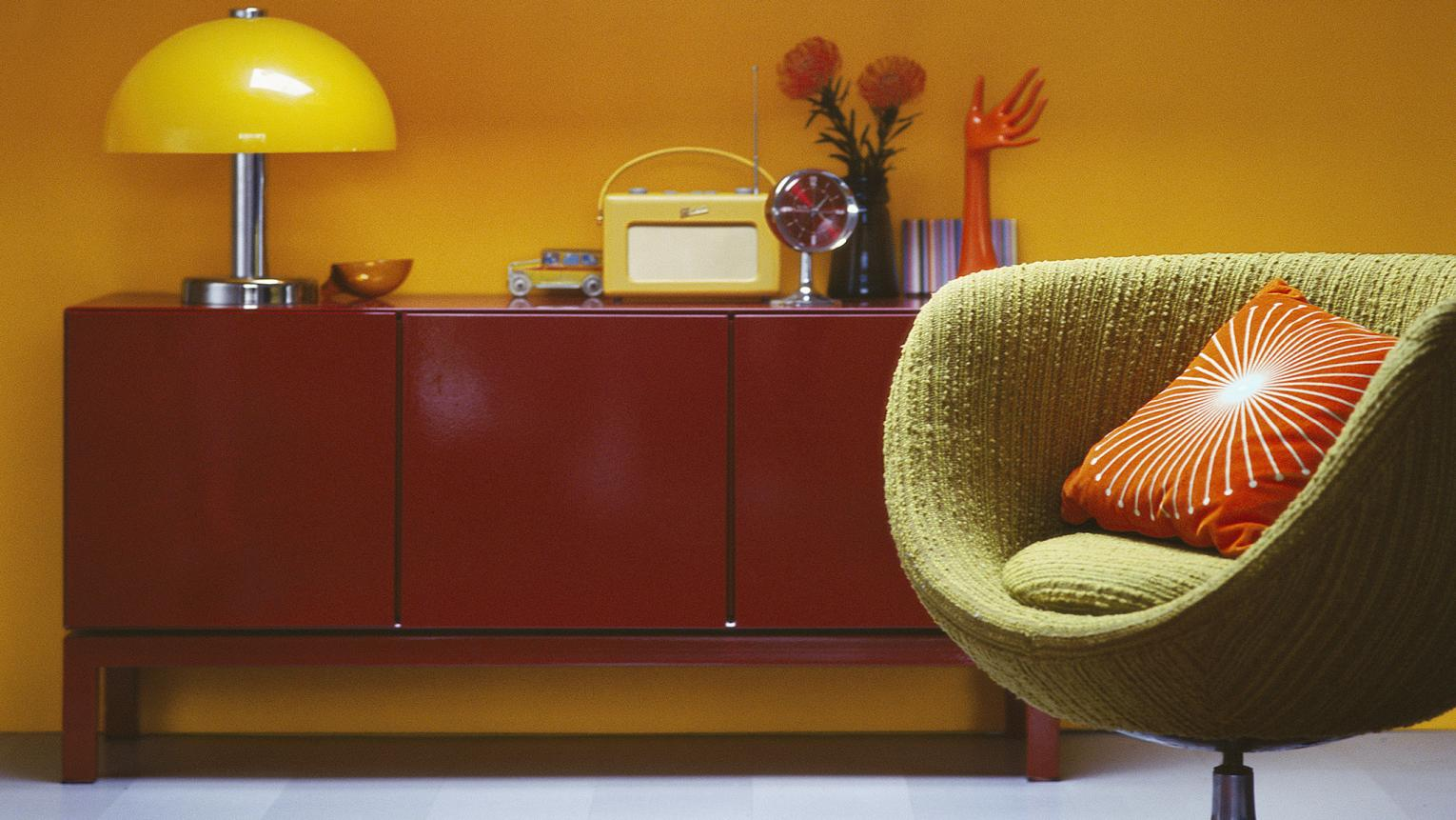 Warm yellow shades on a wall adds a dash of sunshine to any room.